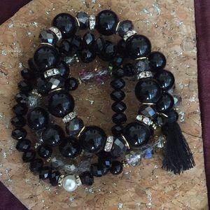 Jewelry - Black/Gold/Clear/Pearl Bracelet Set of 4